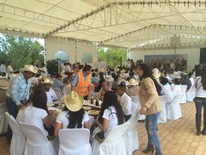 Hora de la comida en el Día del Agricultor 2014 | Bionat